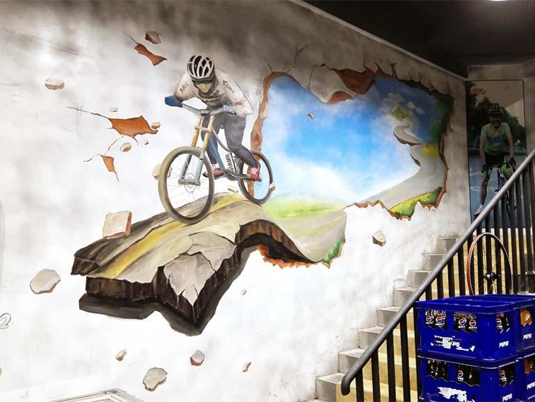 骑行主题火锅店